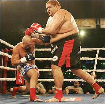 boxing_giant