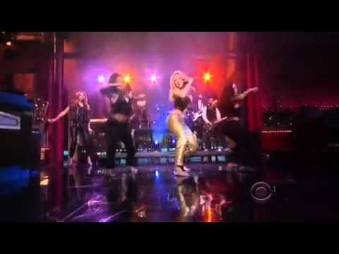 Shakira Performs on Letterman