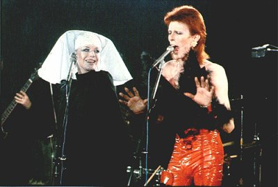 David Bowie duet with Marianne Faithfull on tv in 1973