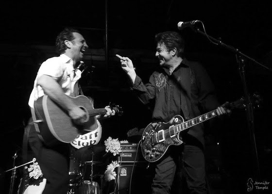 Ike Reilly and Johnny Hickman (Cracker) on tour – together